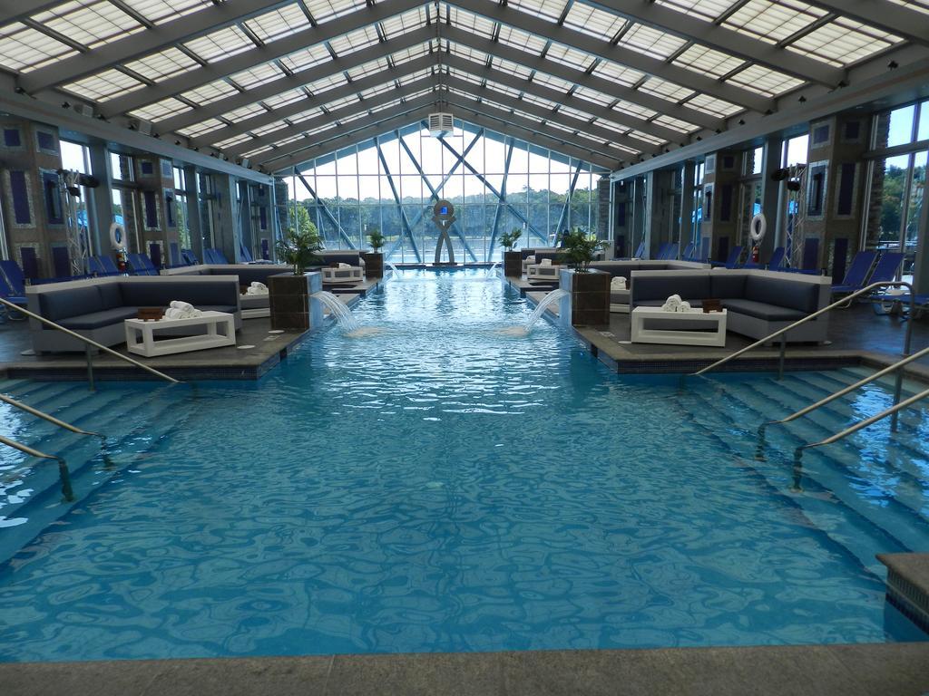 Mount Airy Casino pool