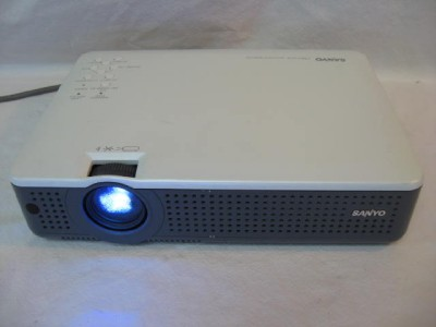 Multiverse Projector model PLC XU35