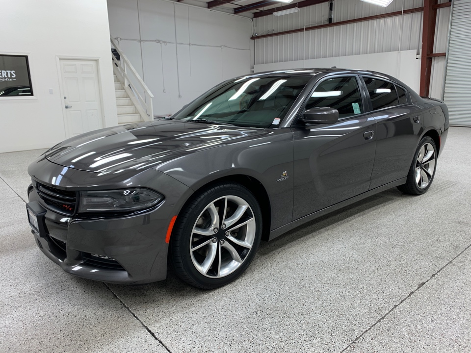 Roberts Auto Sales 2015 Dodge Charger