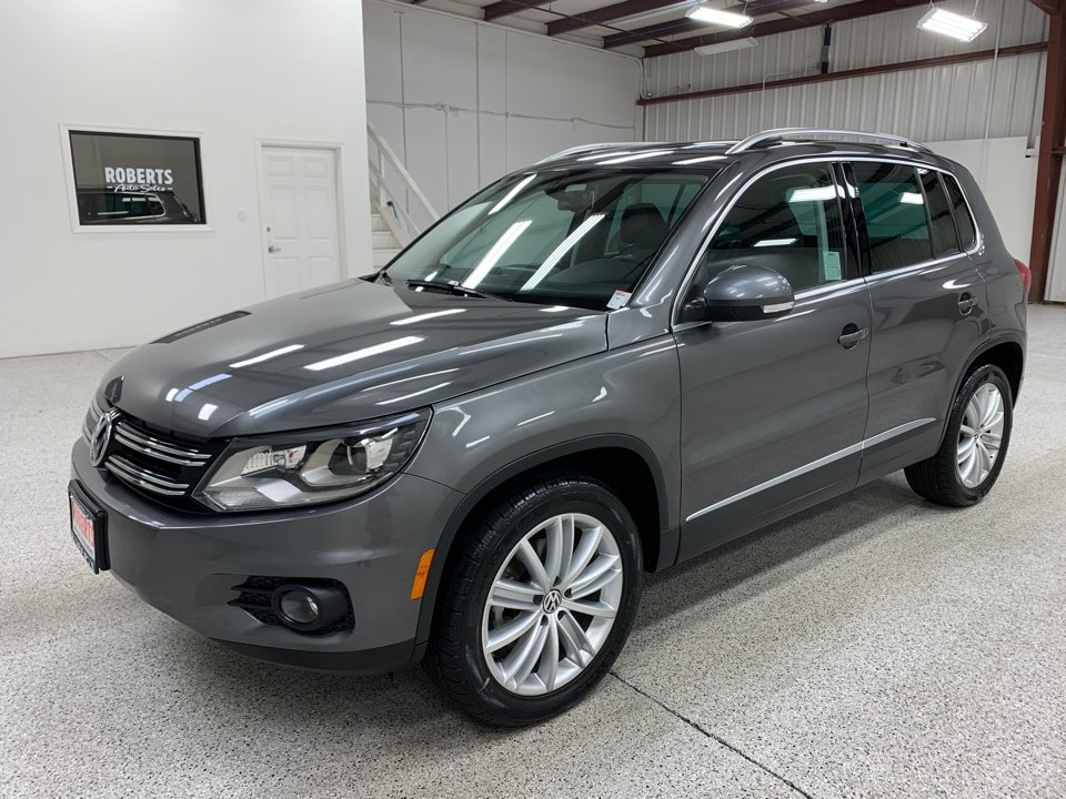 Roberts Auto Sales 2016 Volkswagen Tiguan