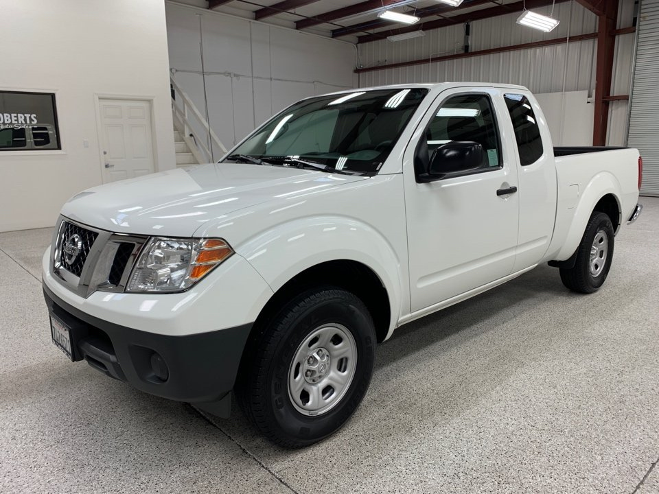 Roberts Auto Sales 2015 Nissan Frontier King Cab