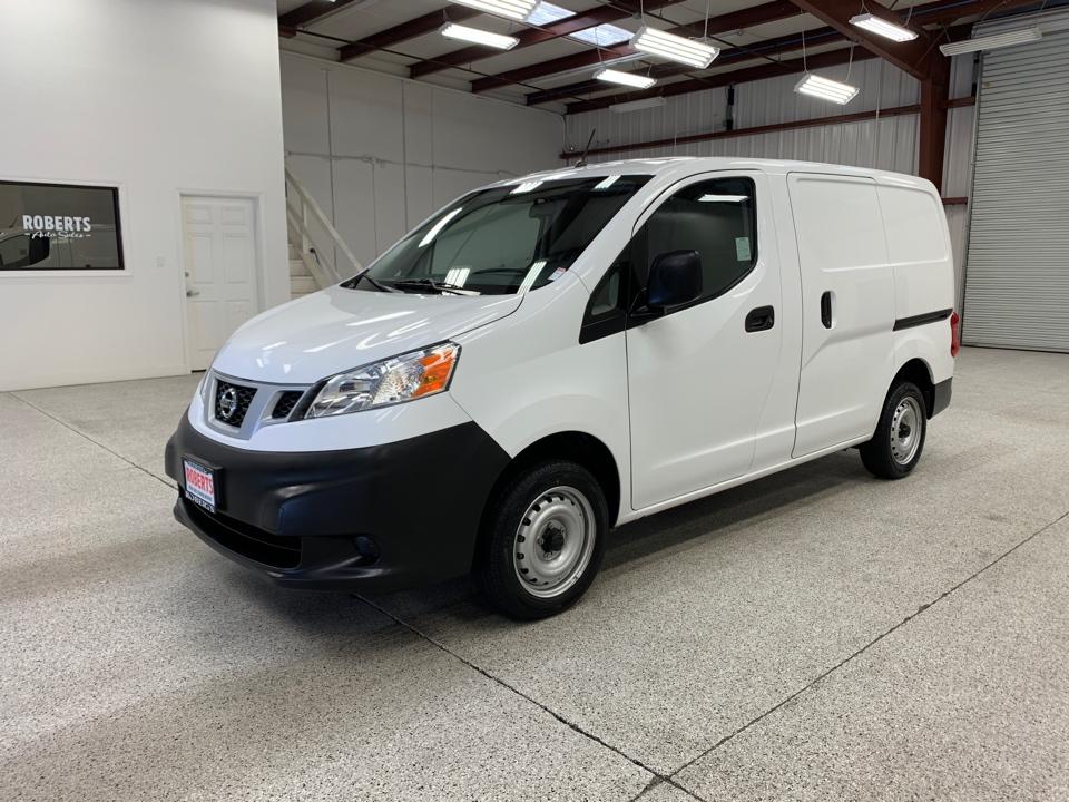 Roberts Auto Sales 2016 Nissan NV200