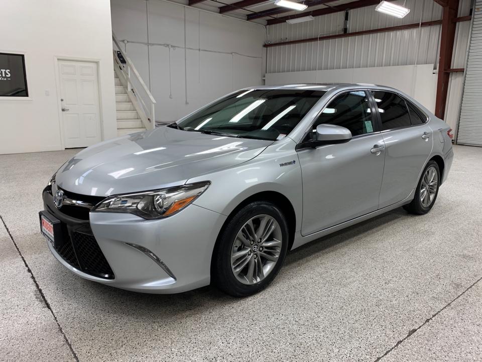 Roberts Auto Sales 2017 Toyota Camry Hybrid