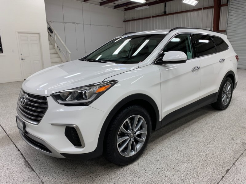 Roberts Auto Sales 2018 Hyundai Santa Fe