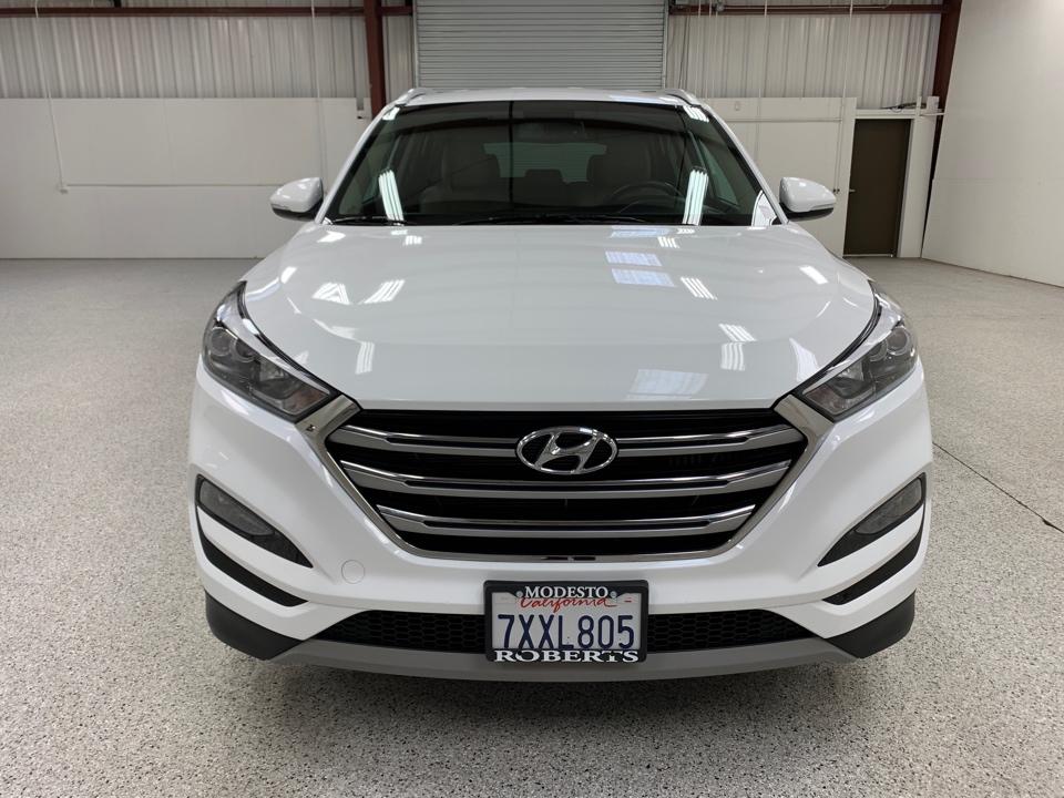 2017 Hyundai Tucson - Roberts
