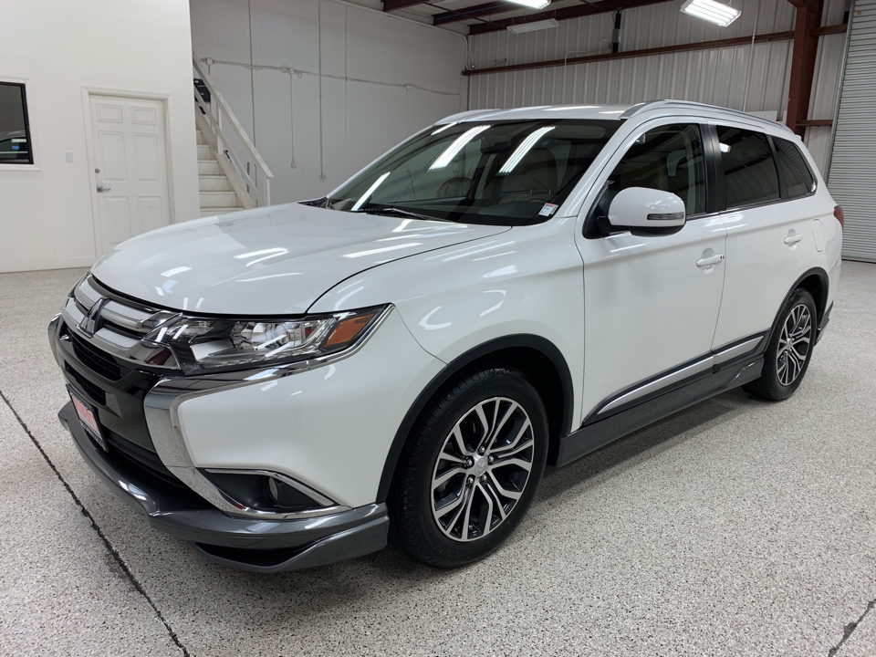 Roberts Auto Sales 2017 Mitsubishi Outlander