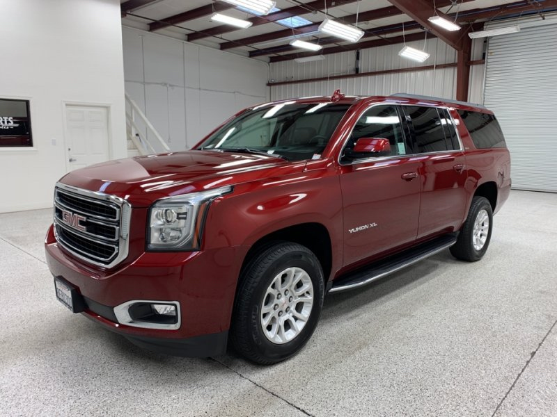 Roberts Auto Sales 2018 GMC Yukon XL