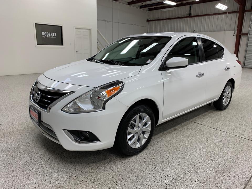 Roberts Auto Sales 2018 Nissan Versa