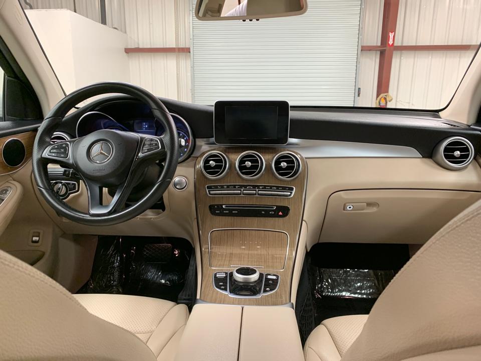 2018 Mercedes-Benz GLC - Roberts
