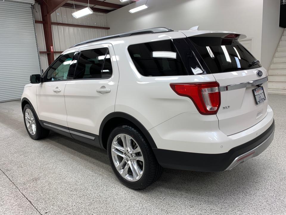 2016 Ford Explorer - Roberts