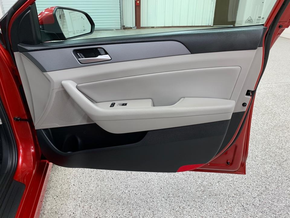 2018 Hyundai Sonata - Roberts