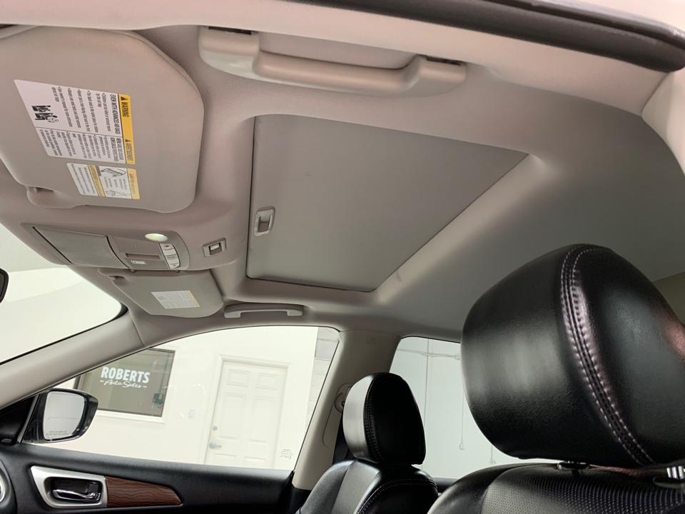 2018 Nissan Pathfinder - Roberts