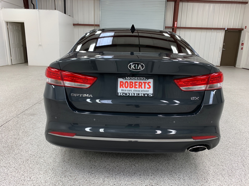 2016 Kia Optima - Roberts