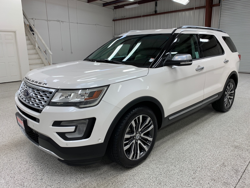 2016 Ford Explorer - Roberts