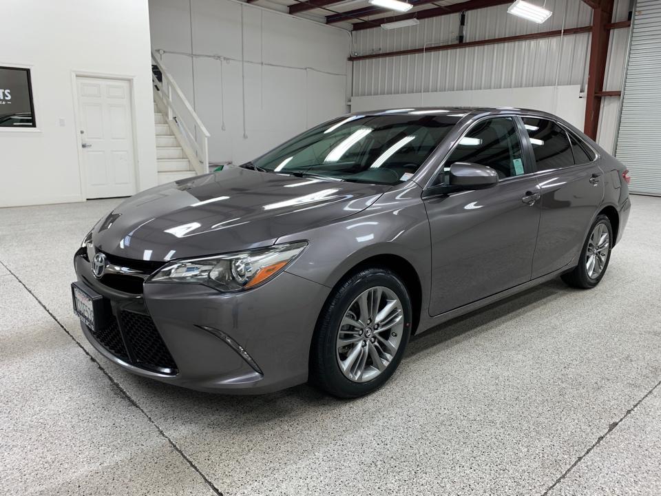 Roberts Auto Sales 2016 Toyota Camry