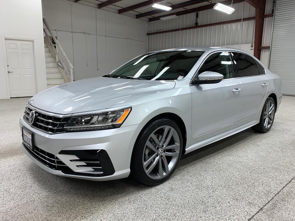 Roberts Auto Sales 2016 Volkswagen Passat
