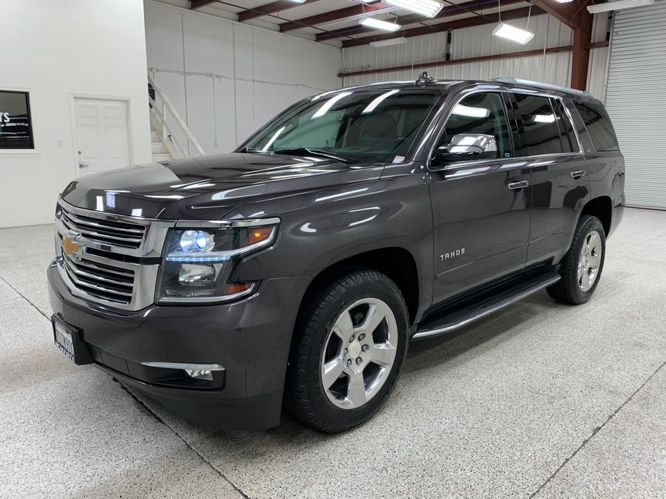 Roberts Auto Sales 2016 Chevrolet Tahoe