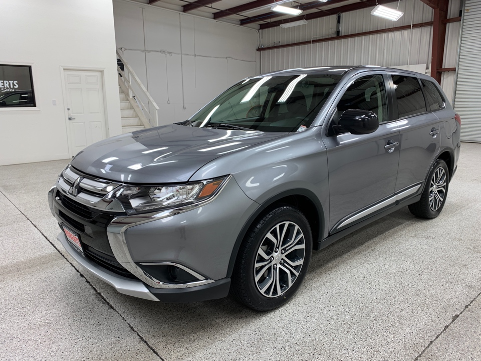 Roberts Auto Sales 2018 Mitsubishi Outlander