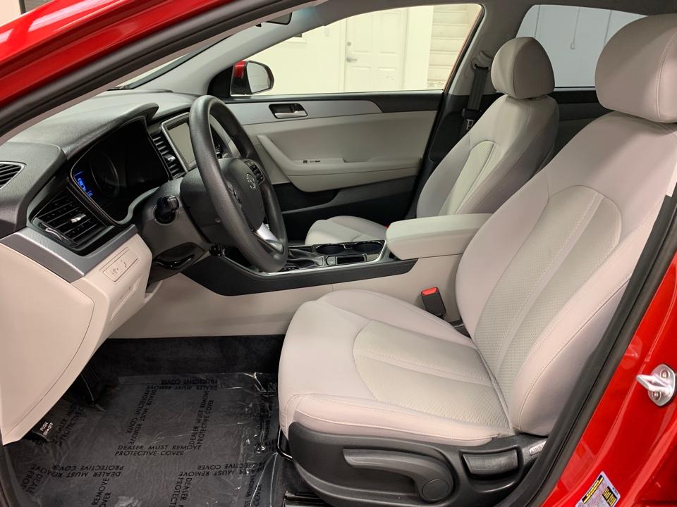 Jewel Auto Sales >> Used 2019 Hyundai Sonata SE Sedan 4D for sale at Roberts ...