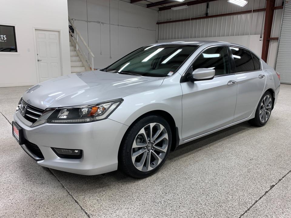 Roberts Auto Sales 2015 Honda Accord