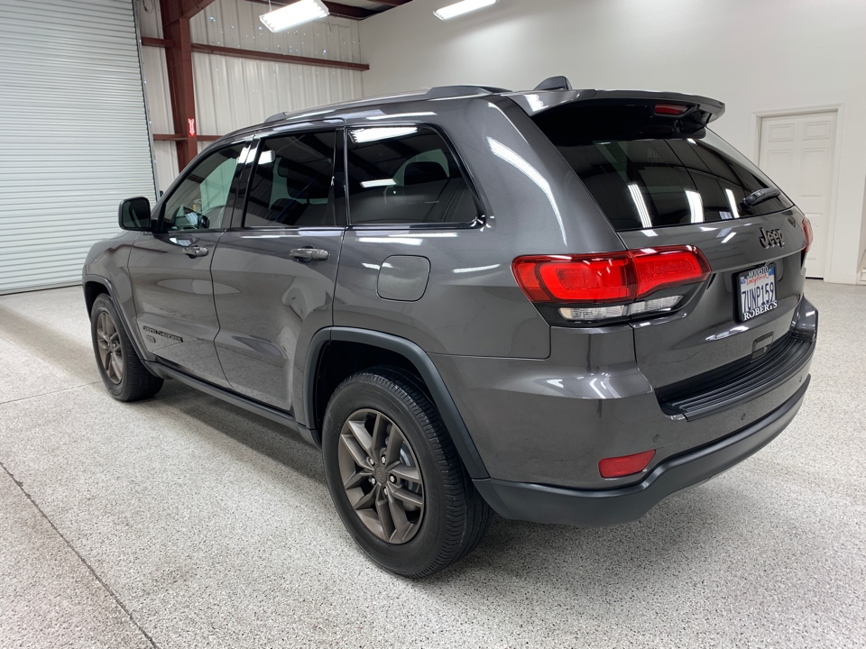 2017 Jeep Grand Cherokee - Roberts