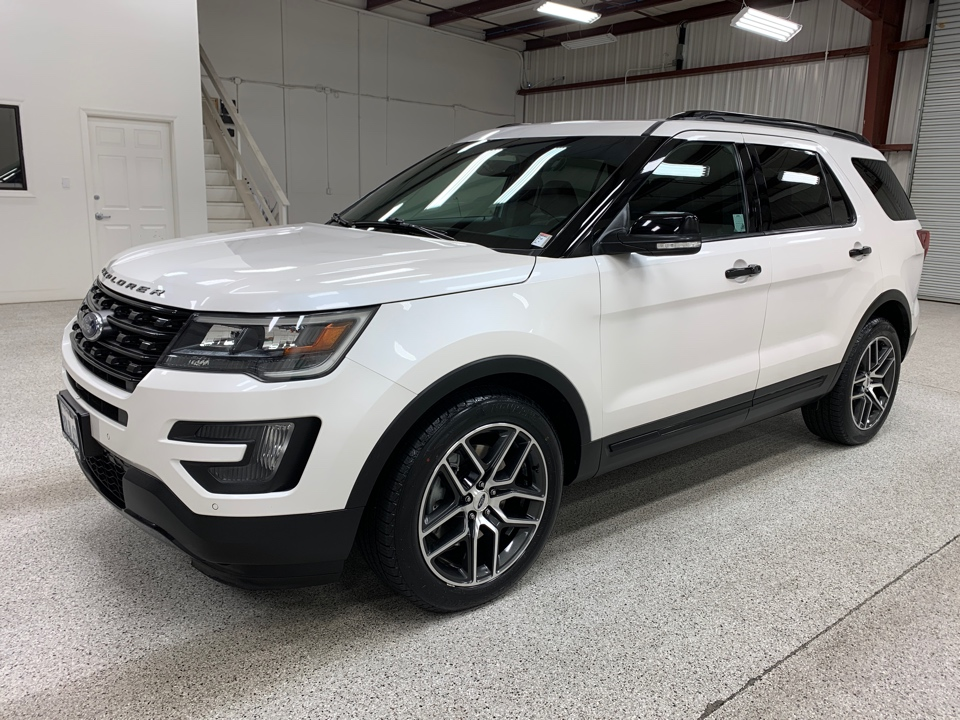 Roberts Auto Sales 2016 Ford Explorer
