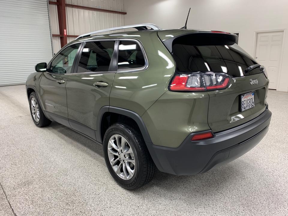 2019 Jeep Cherokee - Roberts