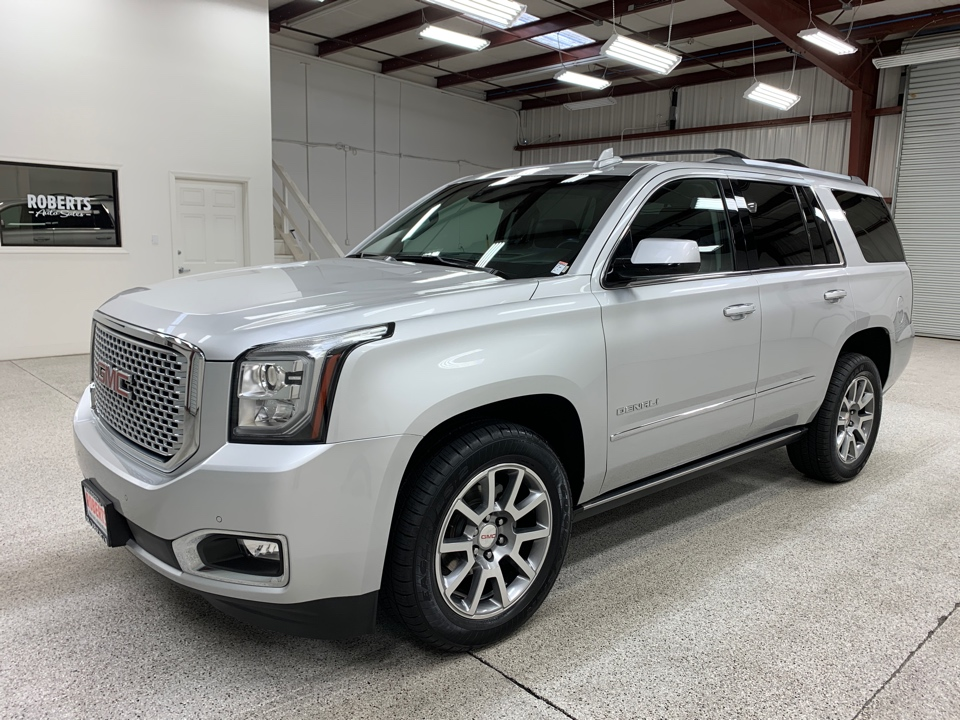 Roberts Auto Sales 2016 GMC Yukon