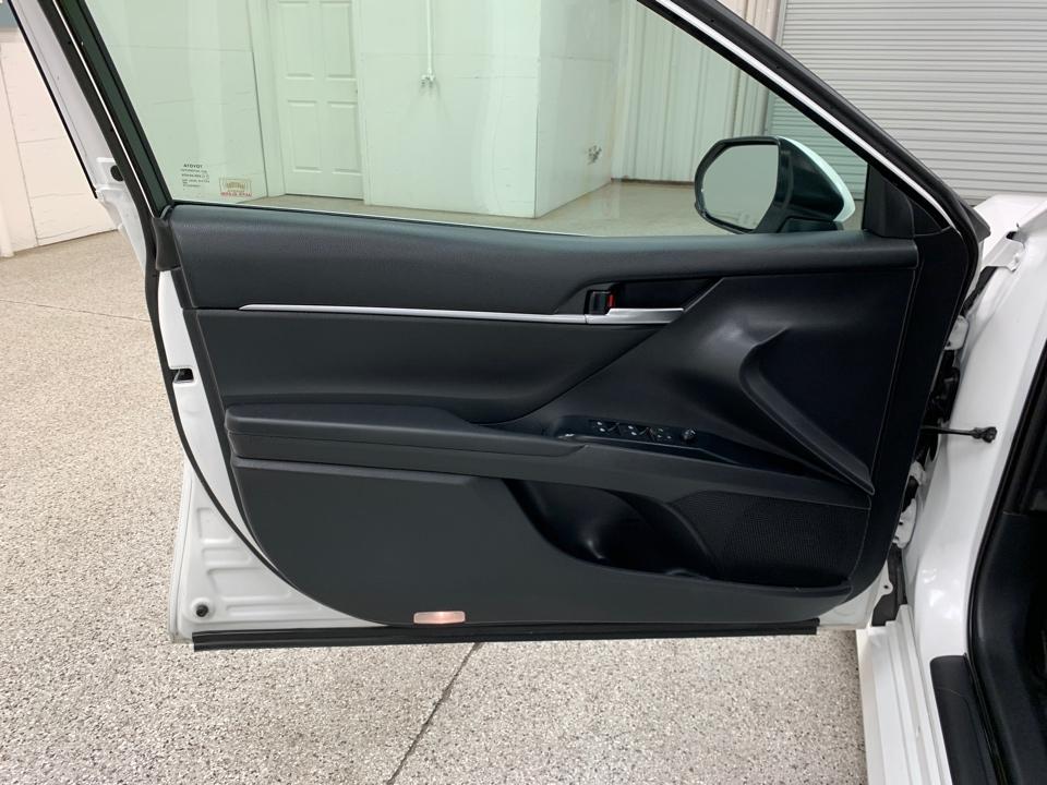 2018 Toyota Camry - Roberts