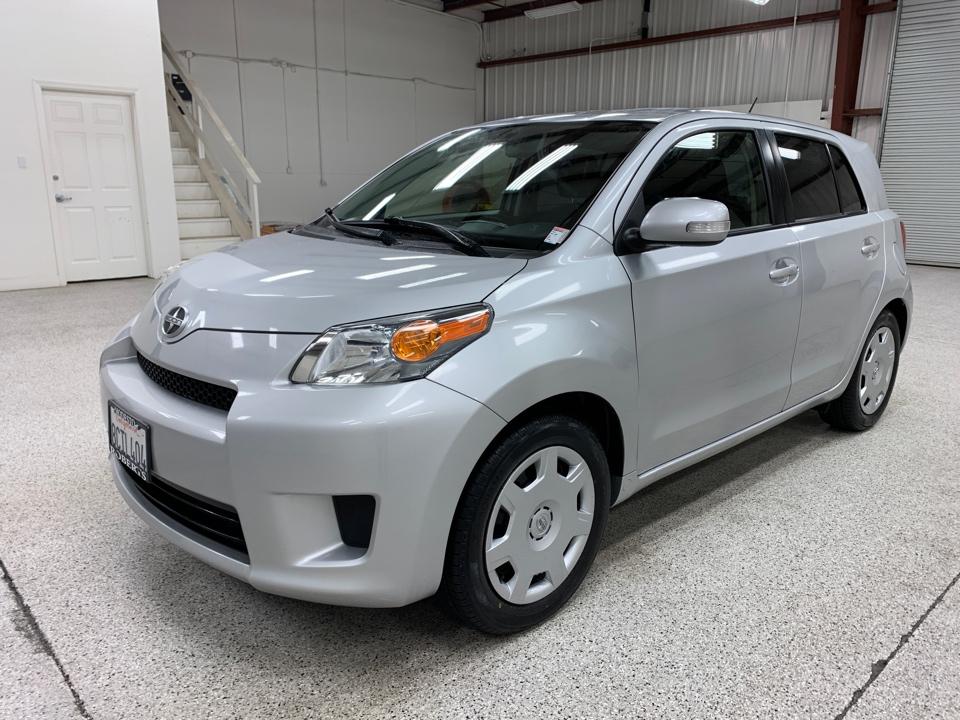 Roberts Auto Sales 2014 Scion XD