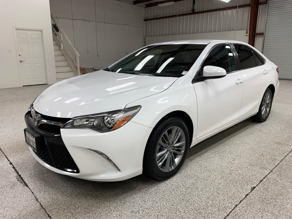 Roberts Auto Sales 2016 Toyota Camry