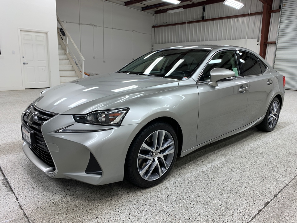 Roberts Auto Sales 2018 Lexus IS