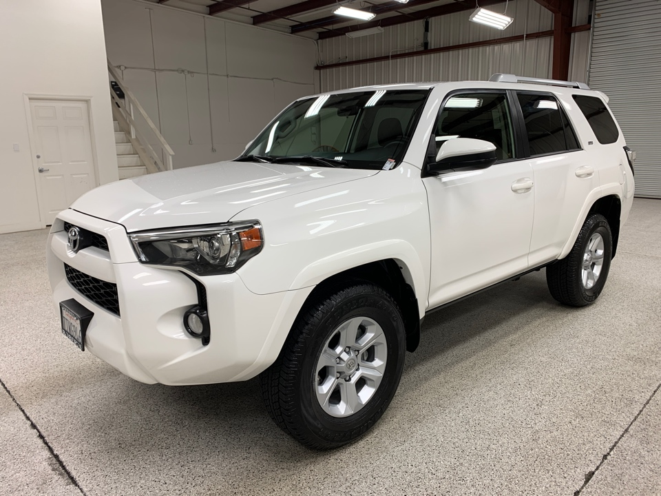Roberts Auto Sales 2016 Toyota 4Runner