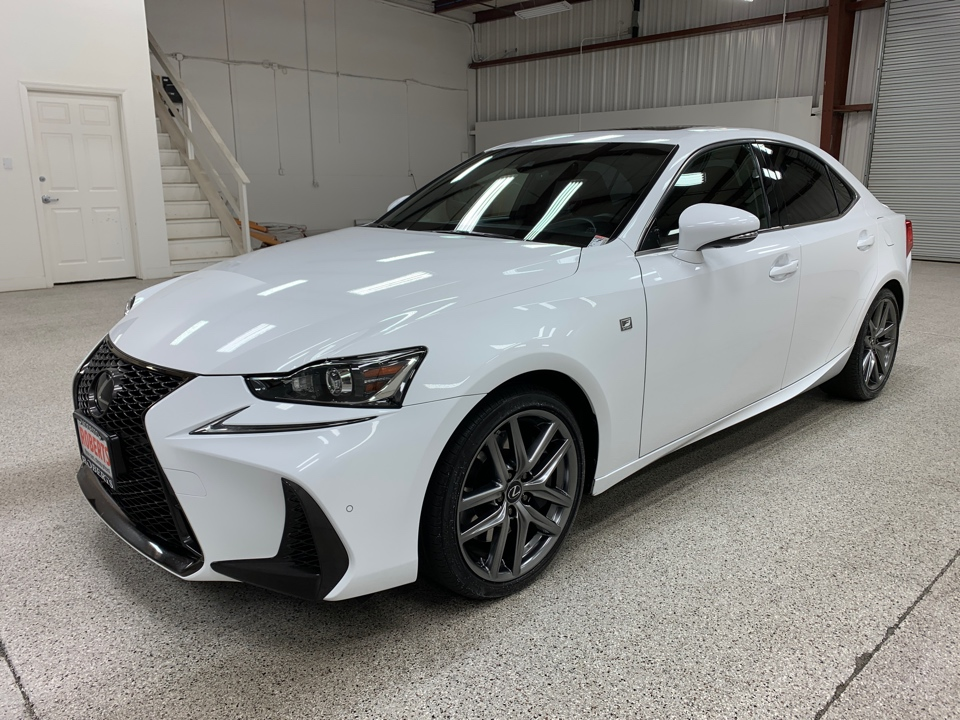 Roberts Auto Sales 2019 Lexus IS