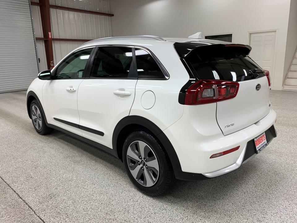 Roberts Auto Sales 2019 Kia Niro