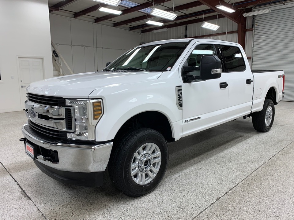 Roberts Auto Sales 2019 Ford F250 Super Duty Crew Cab