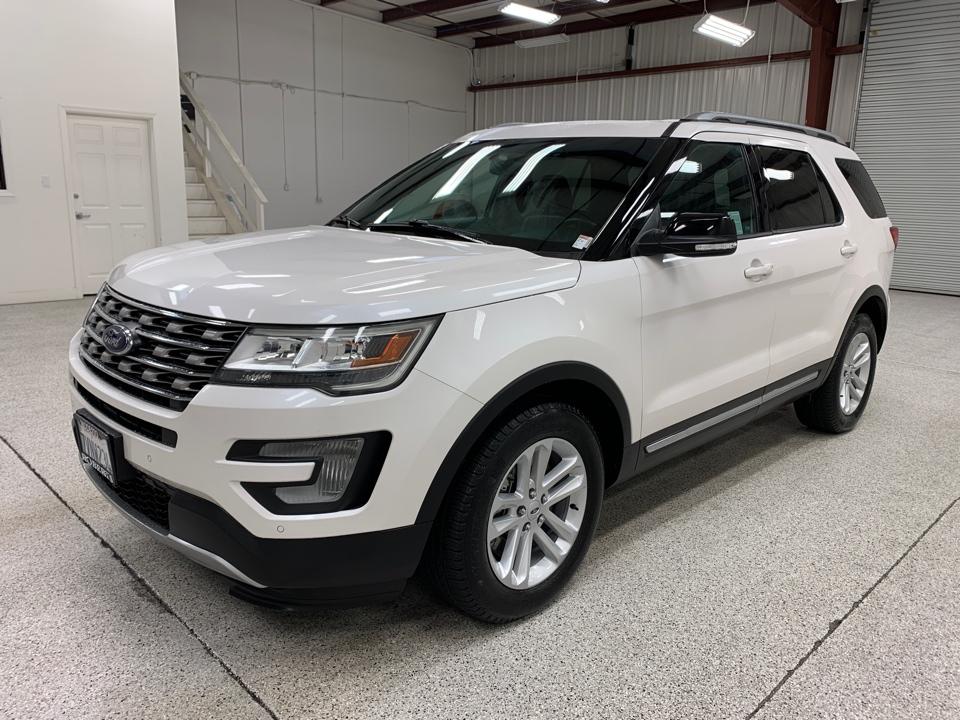 Roberts Auto Sales 2017 Ford Explorer