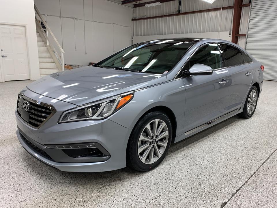Roberts Auto Sales 2016 Hyundai Sonata