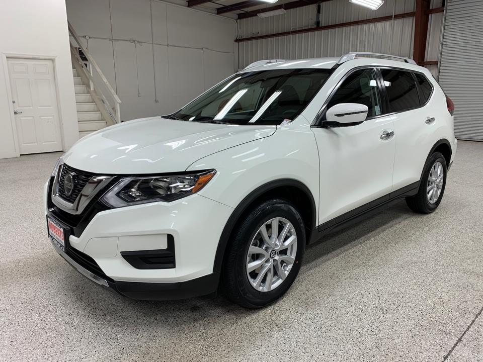 Roberts Auto Sales 2019 Nissan Rogue