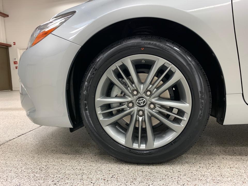 2017 Toyota Camry - Roberts