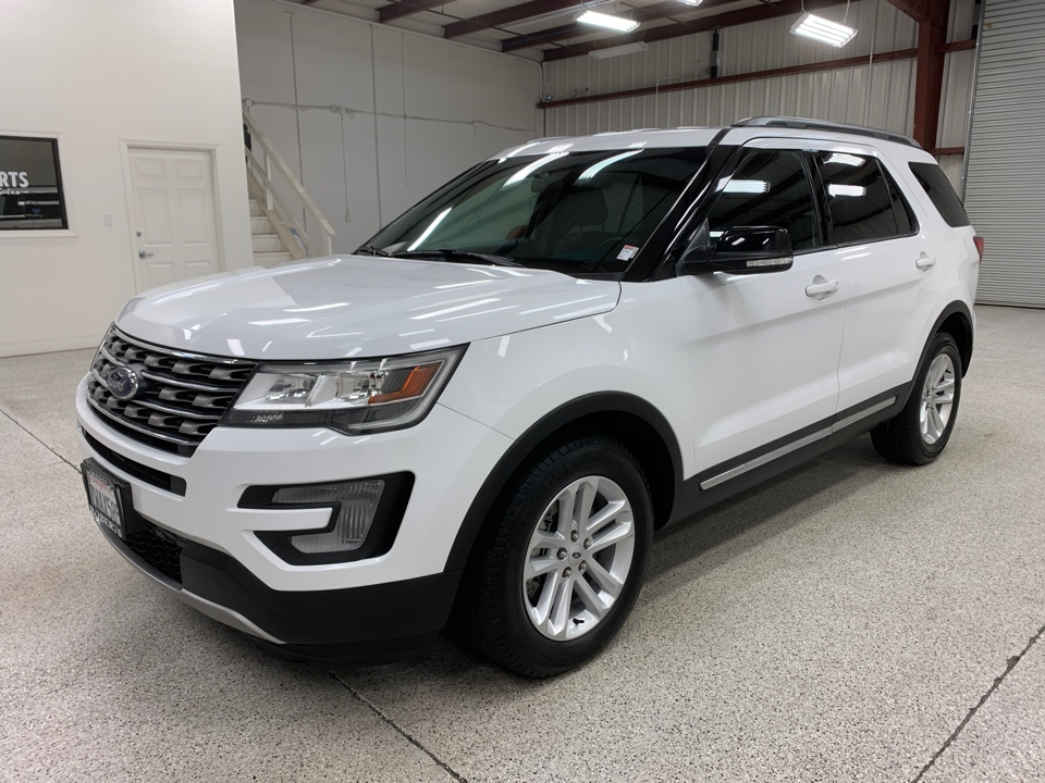 Roberts Auto Sales 2017 Ford Explorer
