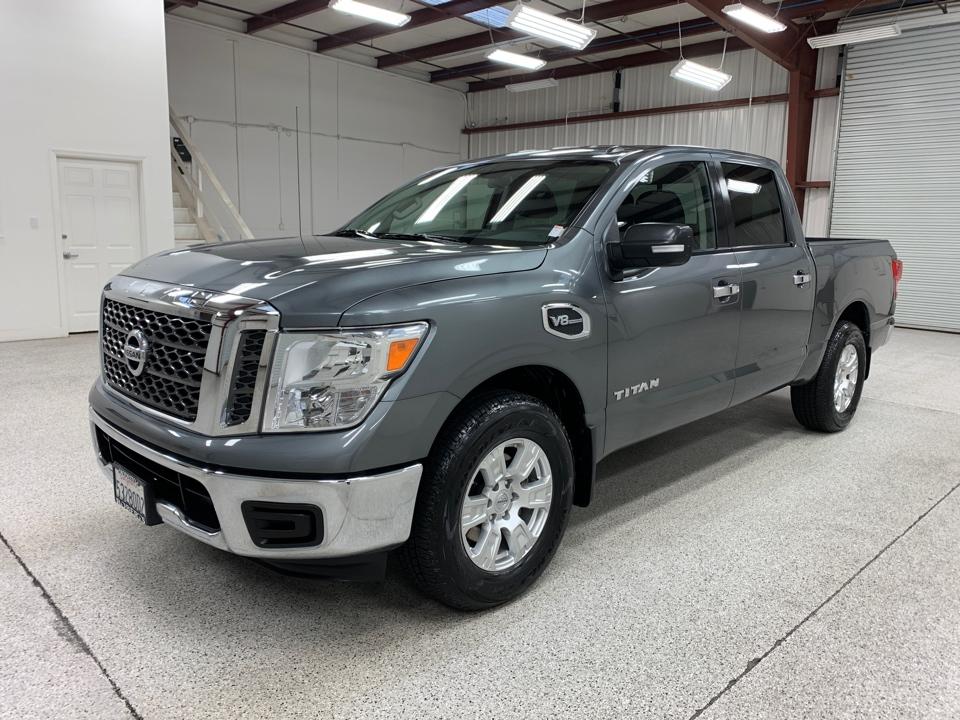 Roberts Auto Sales 2017 Nissan Titan