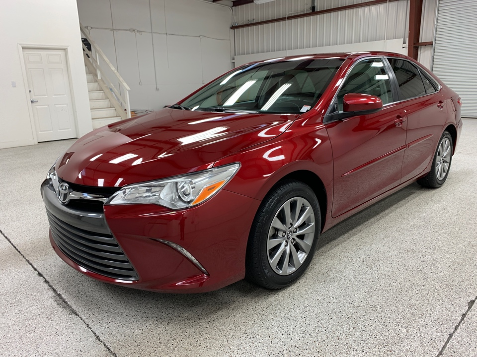 Roberts Auto Sales 2017 Toyota Camry