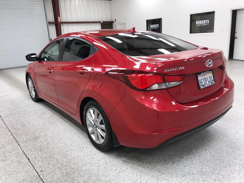 Roberts Auto Sales 2015 Hyundai Elantra