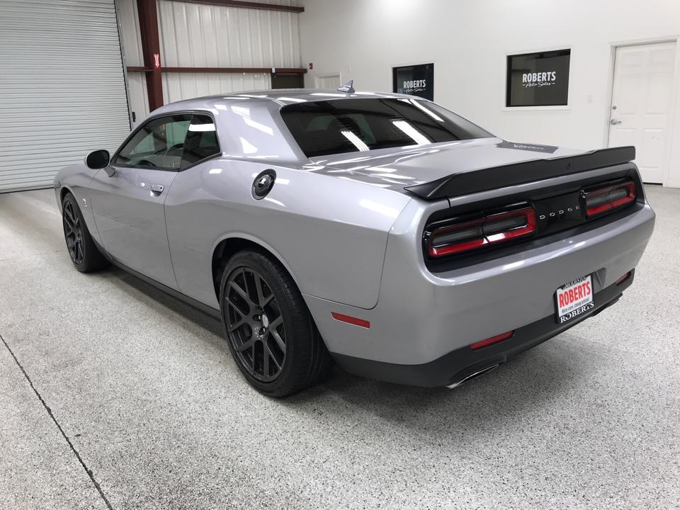 Roberts Auto Sales 2016 Dodge Challenger