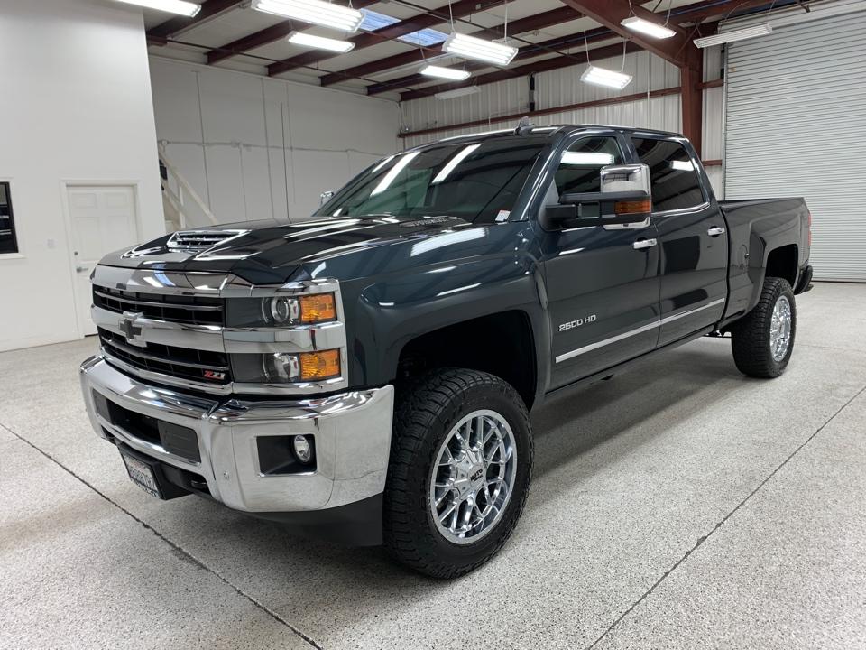 Roberts Auto Sales 2019 Chevrolet Silverado 2500