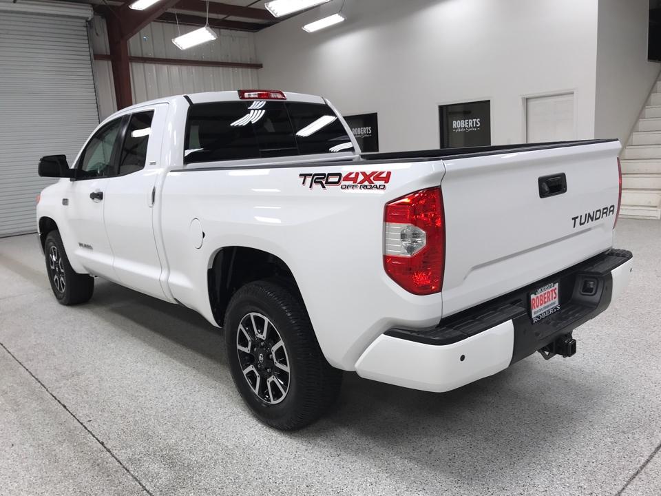 Roberts Auto Sales 2017 Toyota Tundra