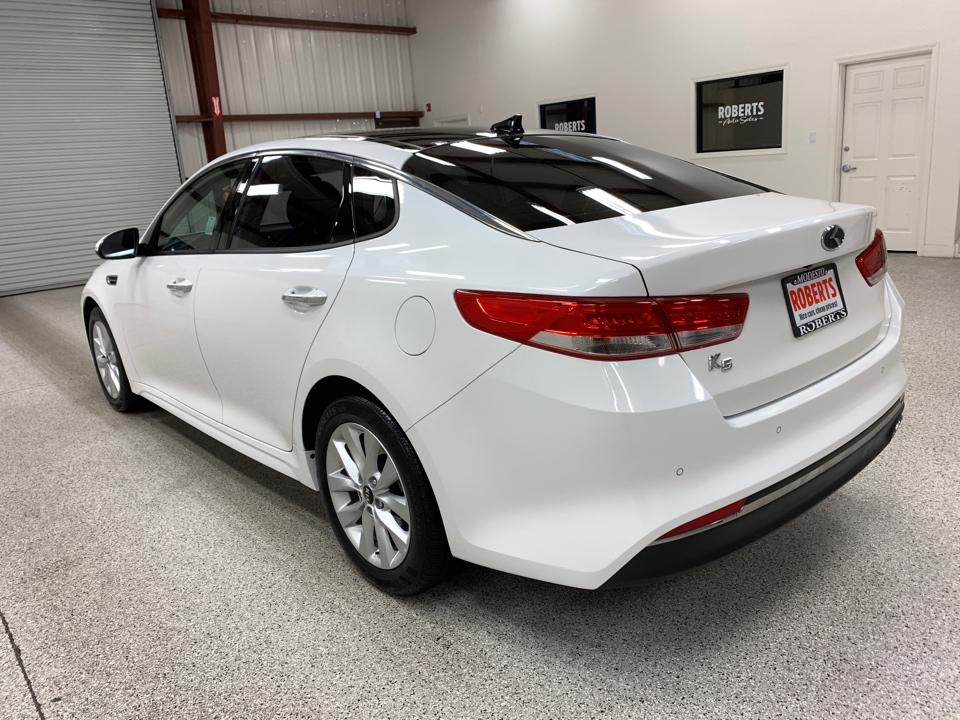 Roberts Auto Sales 2016 Kia Optima