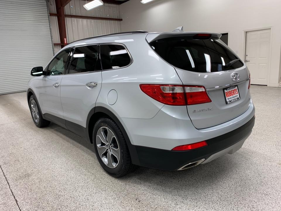 Roberts Auto Sales 2016 Hyundai Santa Fe