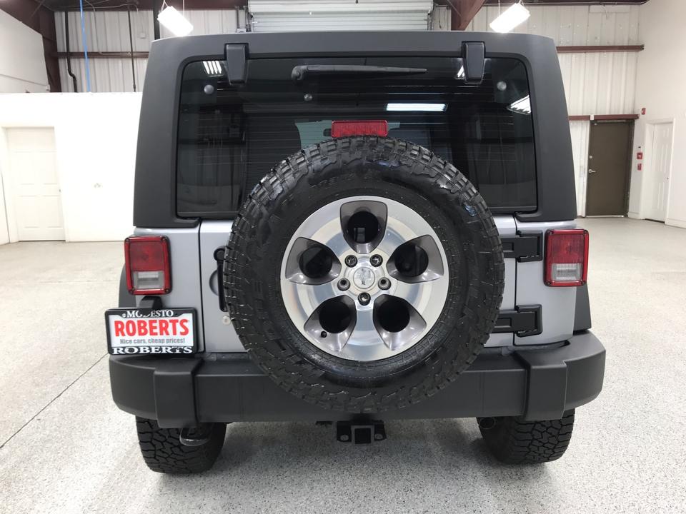 Roberts Auto Sales 2013 Jeep Wrangler